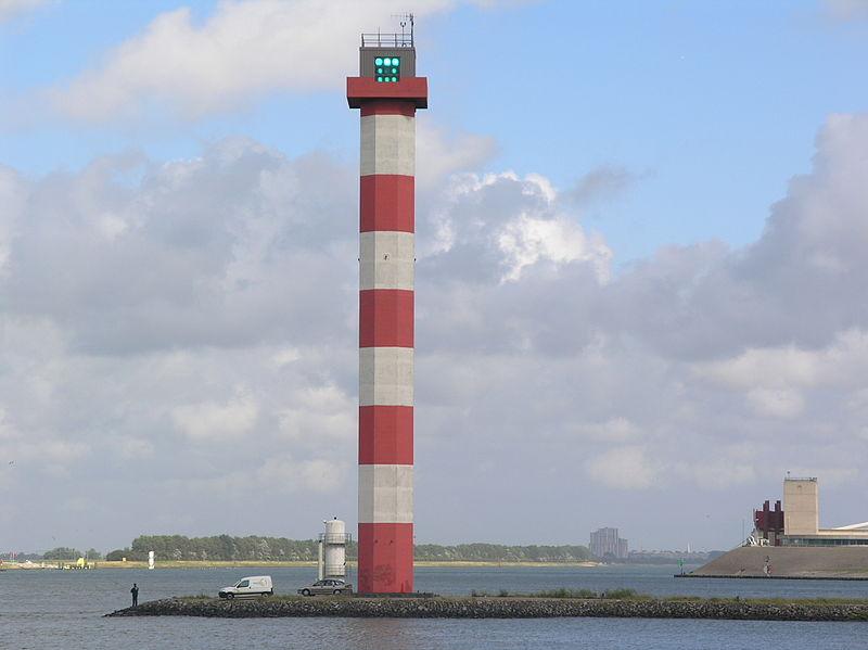 NL Europoort  hoge vuurtoren nieuwe waterweg