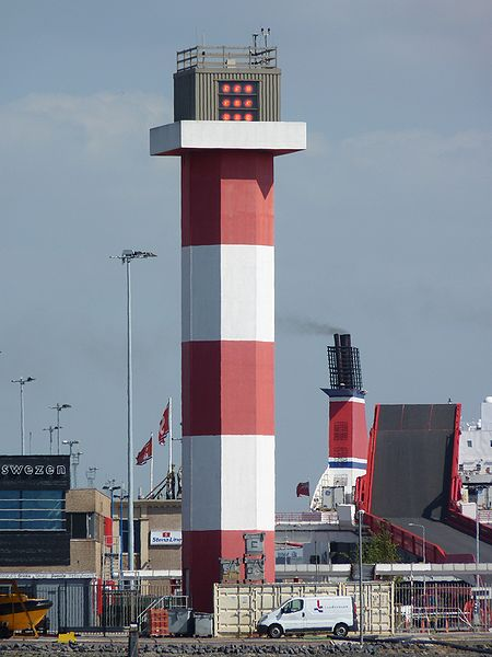 NL Rotterdam - low lighthouse - Europoort