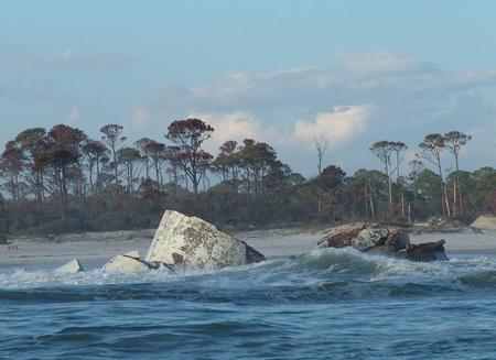 US-FL Cape St. George fallen into water in 2005