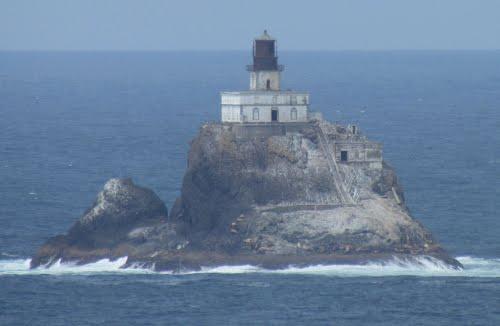 US-OR Tillomook Rock Lighthouse