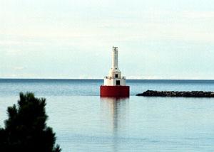 US-MI Keweenau Upper Entrance lighthouse