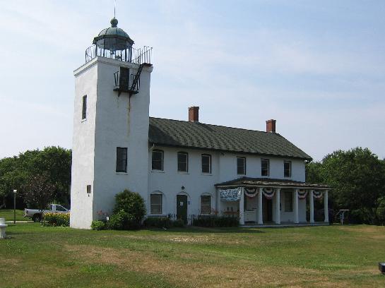 US-NY Hortons Point lighthouse