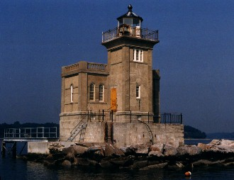 US-NY Huntington Harbor lighthouse