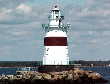 US-NY Latimer Reef lighthouse