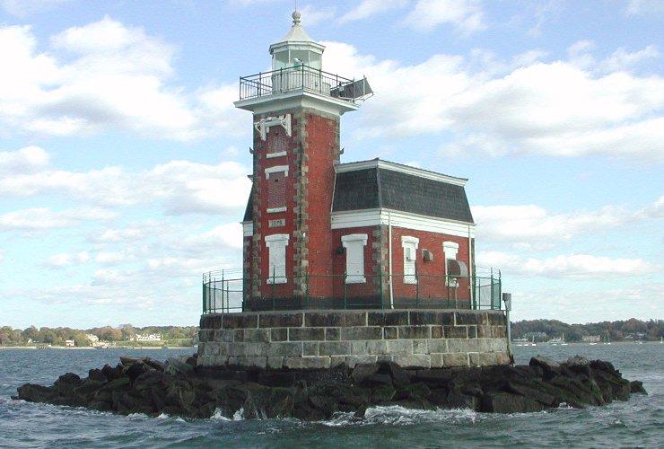 US-NY Steppingstones lighthouse