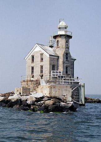US-NY Stratford Shoal lighthouse